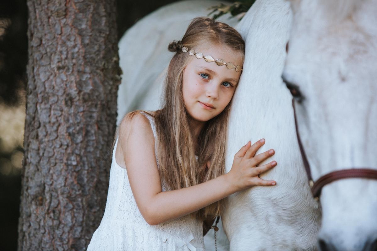 Familienfotos-Würzburg-Pferd-Mutter-Tochter-7